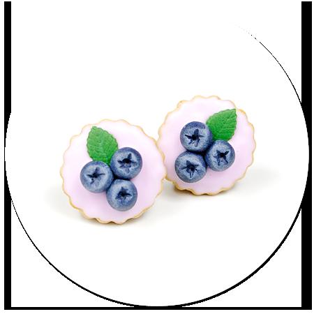 kolczyki wtykane tarty z jagodami
