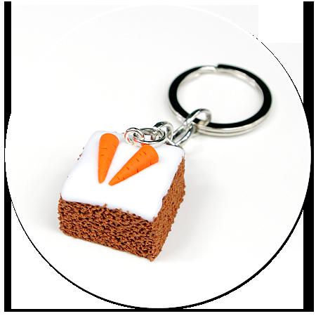 brelok ciasto marchewkowe