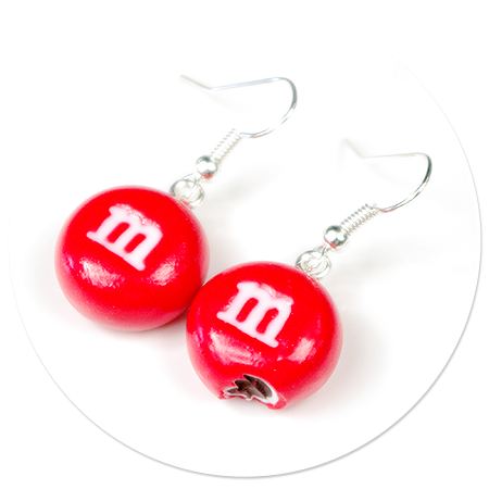 kolczyki czerwone m&ms