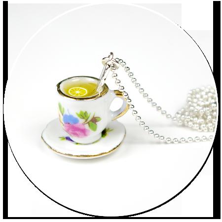 naszyjnik filiżanka w kwiatki