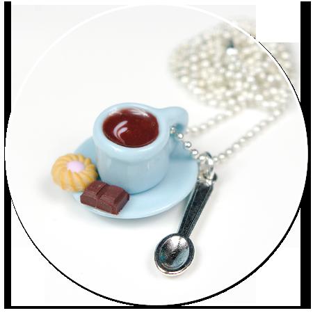 naszyjnik z kawą