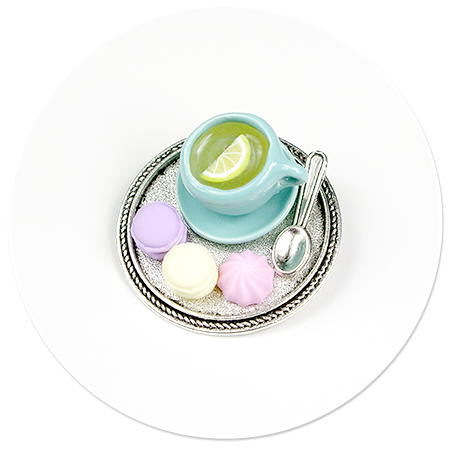 broszka taca z herbatą i łakociami nr 3