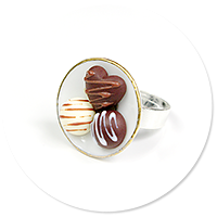 pierścionek z pralinami
