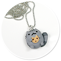 necklace pusheen