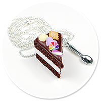 necklace chocolate cake no. 7