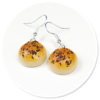 earrings with roll