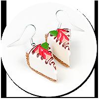 kolczyki sernik z truskawkami