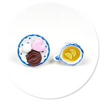 plug-in earrings tea with sweets