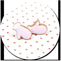 plug-in earrings cookie gloves