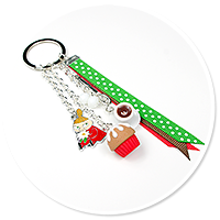 keyring with Little My and cupcake no. 3