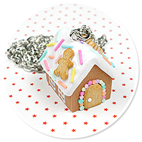 necklace gingerbread house no. 7