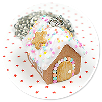 necklace gingerbread house no. 6