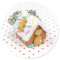 necklace gingerbread house no. 2