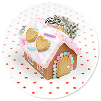 necklace gingerbread house no. 13
