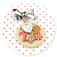 christmas brooch with gingerbreads