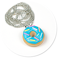 necklace with donut no. 2