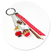 keyring with Little My and cupcake no. 2