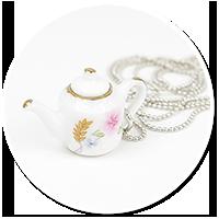necklace with jug no. 3