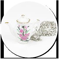 necklace with jug no. 5