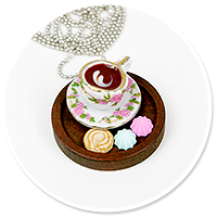 necklace wood tray with sweets no. 5