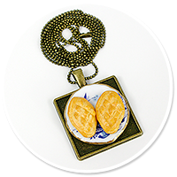 necklace with sheep cheese