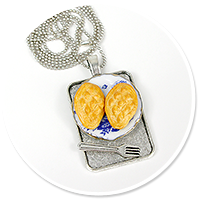 necklace with sheep cheese no. 3