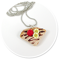 necklace pancake with chocolate