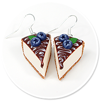 earrings cheese cake (blueberry)