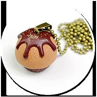 naszyjnik czekoladowa babeczka