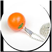 naszyjnik z pomarańczą