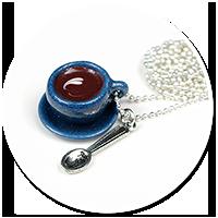 naszyjnik filiżanka kawy