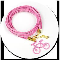 różowa bransoletka z rowerkiem