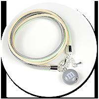bransoletka z ugryzionym m&ms