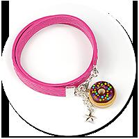 kolorowa bransoletka z pączkiem