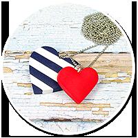 marynarski naszyjnik z serduszkami