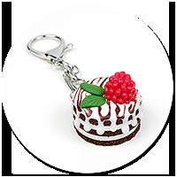 breloczek torcik czekoladowy z maliną