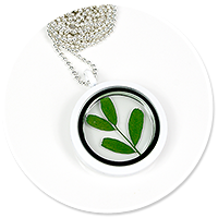 necklace with plant no. 7