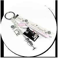 breloczek dla krawcowej z maszyną do szycia nr 3