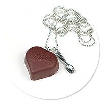 necklace chocolate pralin (heart)