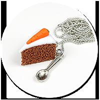 naszyjnik ciasto marchewkowe