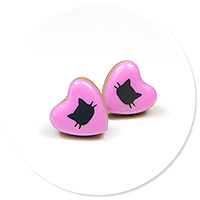 plug-in earrings little hearts with cats no. 4