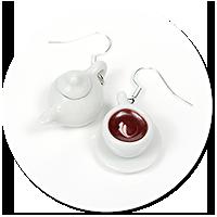 kolczyki filiżanka z kawą i dzbanek