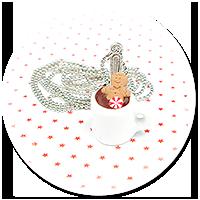 naszyjnik świąteczny kubek z gorącą czekoladą nr 3