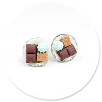 plug-in earrings plate of sweets no. 2